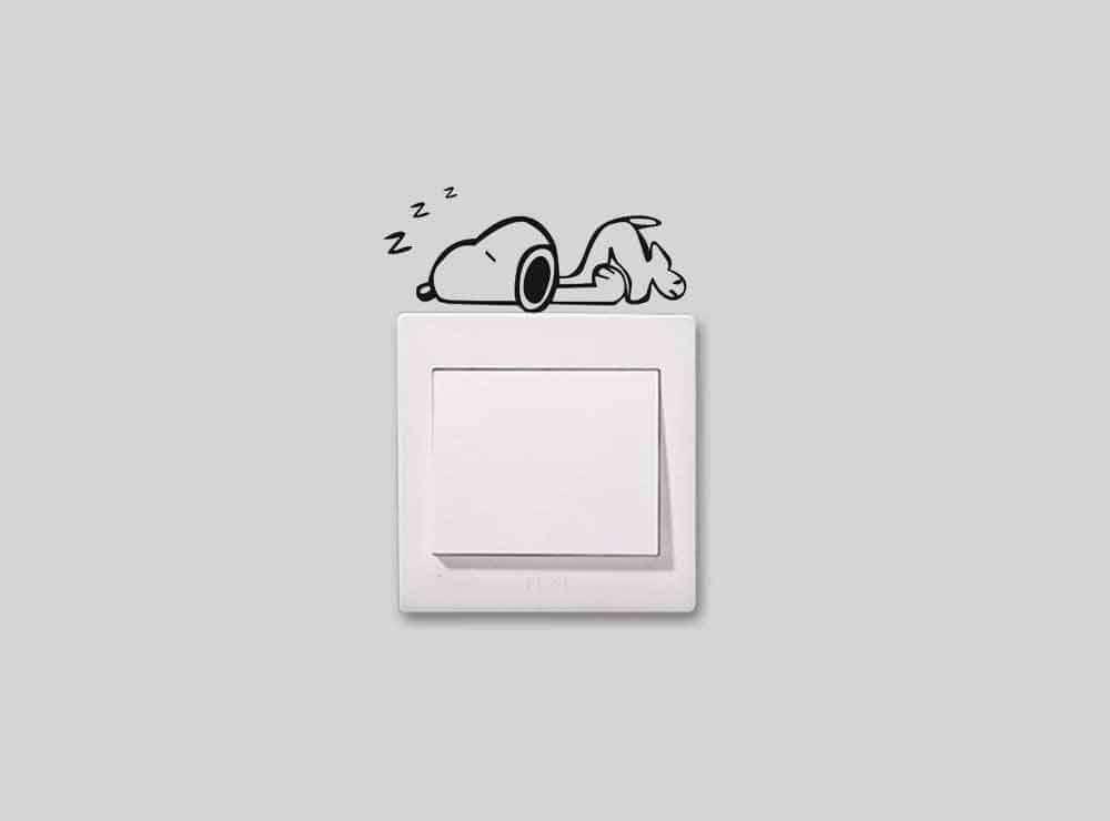 Sticker Snoopy faisant la sieste | Idées Cadeaux Insolites et originales