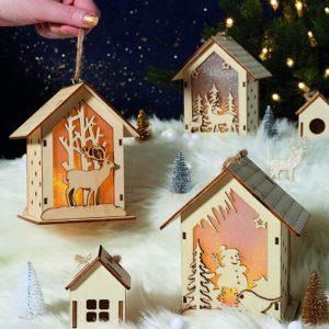 Décorations de Noël : maison en bois lumineuse | Idées cadeaux insolites pour Noël