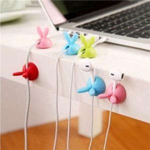 Organisation des câbles en forme de lapins | Idées cadeaux insolites pour le bureau
