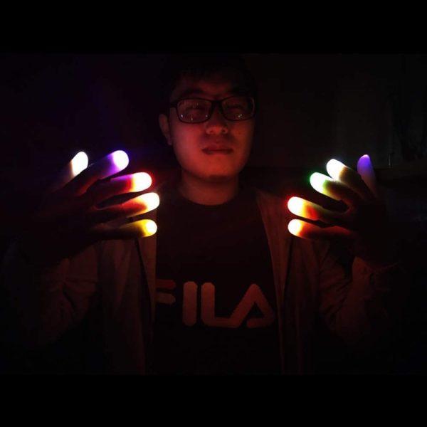 Doigts magiques lumineux | Idées cadeaux insolites