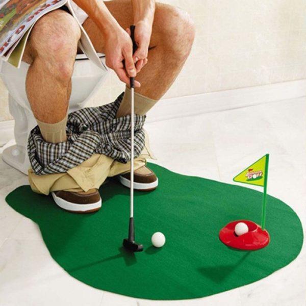 Mini Golf aux toilettes | Idées cadeaux insolites
