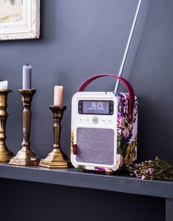 Mini radio digitale vintage | Idées cadeaux insolites