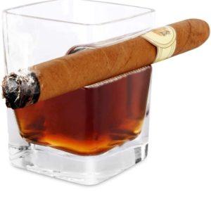 Verre à whisky avec repose-cigare | Idées cadeaux insolites