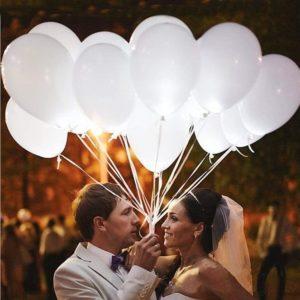 Ballons blancs lumineux pour les mariages | Idées cadeaux insolites