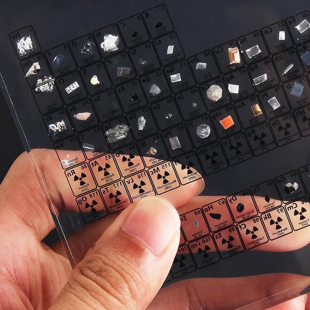 Tableau périodique des éléments avec échantillons | Idées cadeaux insolites